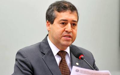 Ministro propõe reaproximação com centrais sindicais